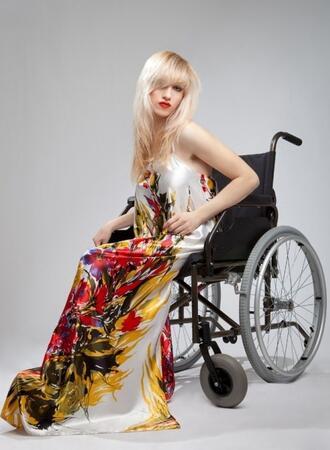 Момичето с церебрална парализа, което стана модел