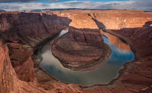 Скалата подкова в Аризона и нейните удивителни свойства