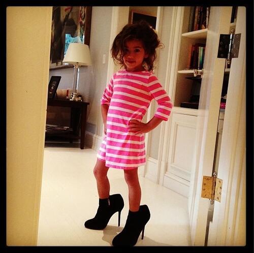 Адриана Лима е неотразима красавица без грим