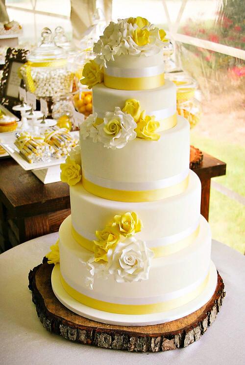 Необичайни торти за сватбения ден