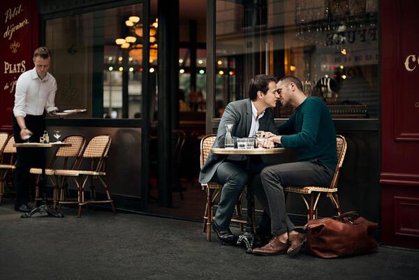 Романтични снимки на гей двойки от цял свят
