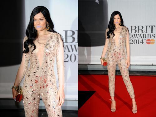 Звезден блясък и модни изцепки на наградите БРИТ