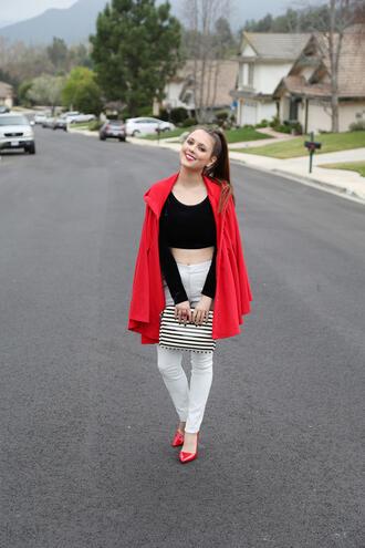 Изборът на Jenite: Класическият трикольор в модата