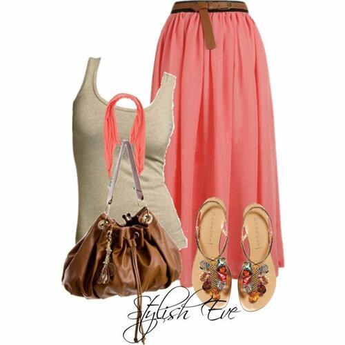 Една дузина комбинации с коралови дрехи