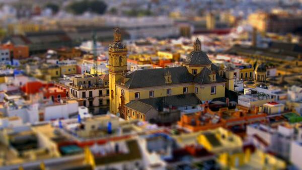 Градовете по света: Приказно красиви и миниатюрни