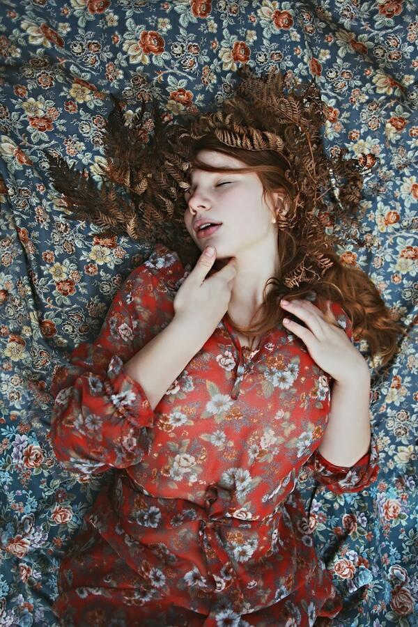 Красиви портрети издават тайната на женското уединение