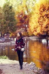 Изборът на Jenite: Раирана приказка в есенния парк
