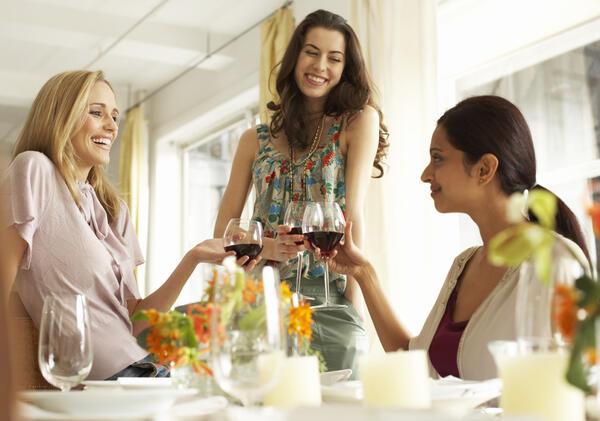 Какъв е перфектният следобед според жените?