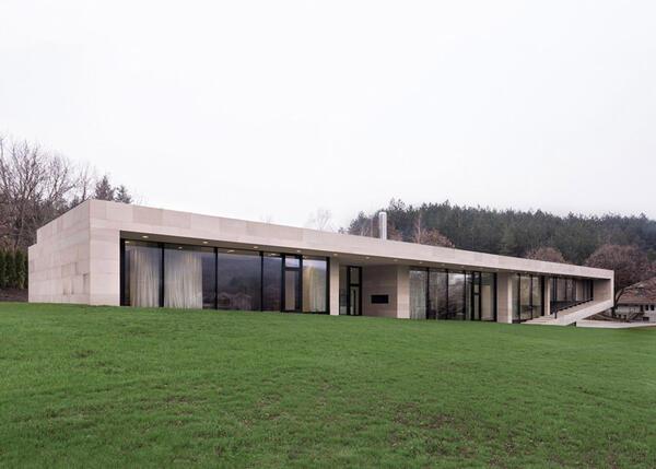 Къщата в Търговище, която се превърна в световна сензация