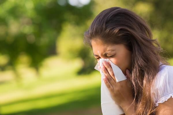 Питайте специалиста: Какво е лечението на упоритите алергии?