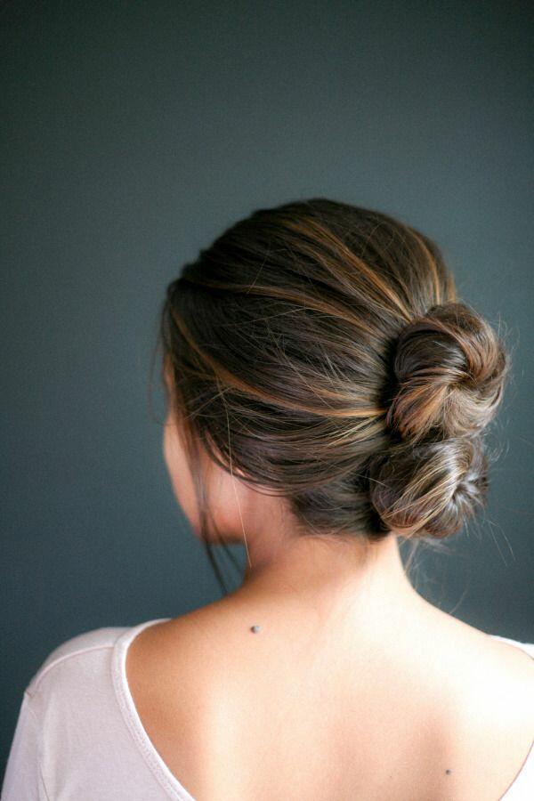 23 нежни летни прически с вдигната коса