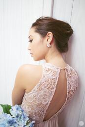 Стилните жени: Гащеризон с дантелени елементи