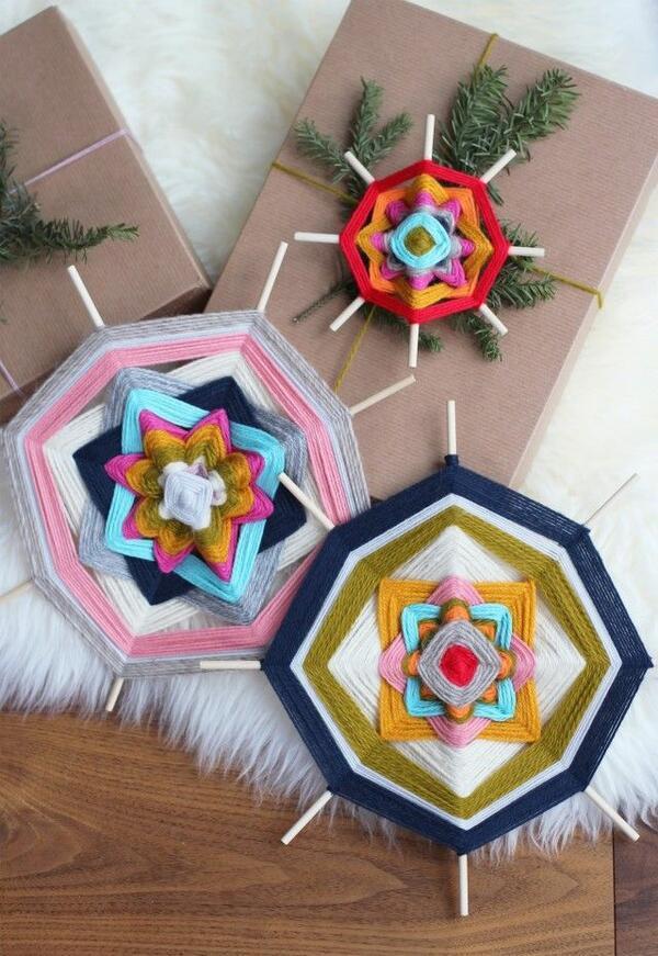 Направете си евтина и практична коледна украса от прежда