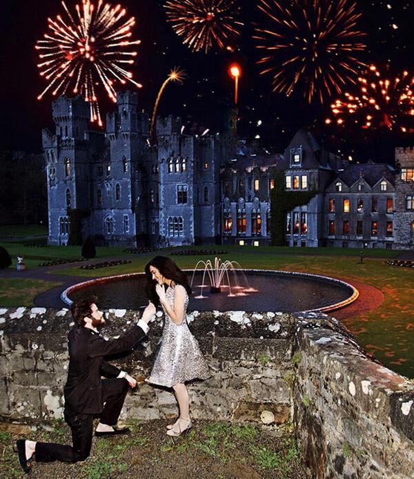 Приказната зимна сватба на най-романтичната влюбена двойка!