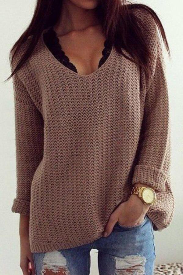 Секси с пуловер: 4 стилни и изкусителни визии с любимата зимна дреха