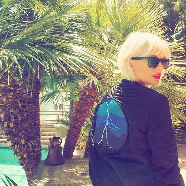 Тейлър Суифт с платинено руса коса и ново отношение към живота!
