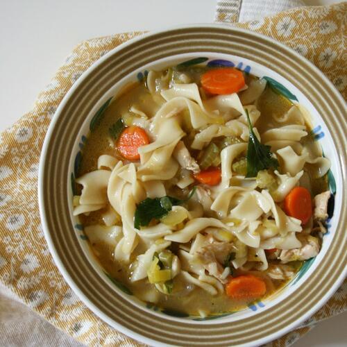 5 лесни ястия за седмицата, приготвени от 1 печено пиле