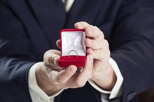 Истината за това как мъжете избират жената, за която да се оженят