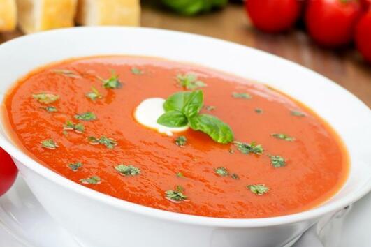 Вкусна доматена супа