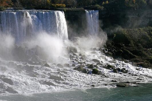 4 причини да посетите Ниагарския водопад