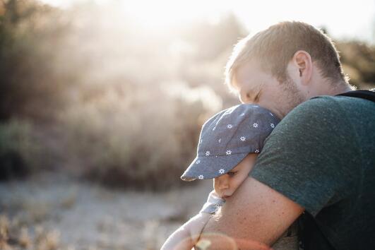 Правилник за възпитаване на детето от един баща на две деца
