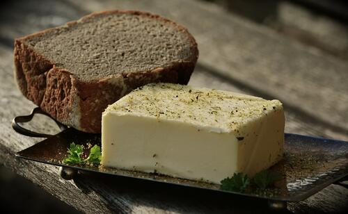 7 мазни храни, които помагат за отслабването