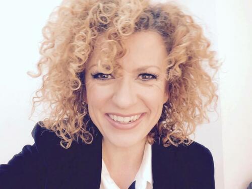 Люси Дяковска: Възможността да пея в родината си ме прави истински щастлива