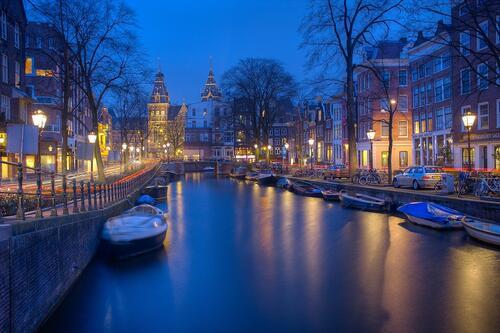 Най-романтичните места, подходящи за двойки