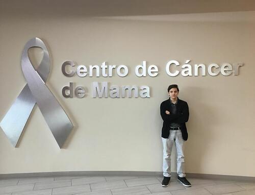 Тийнейджър изобретява сутиен за откриване на рак на гърдата