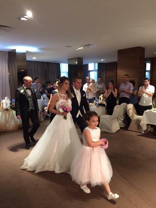 Илиана Раева и трогателната среща с млечния брат на дъщерите й