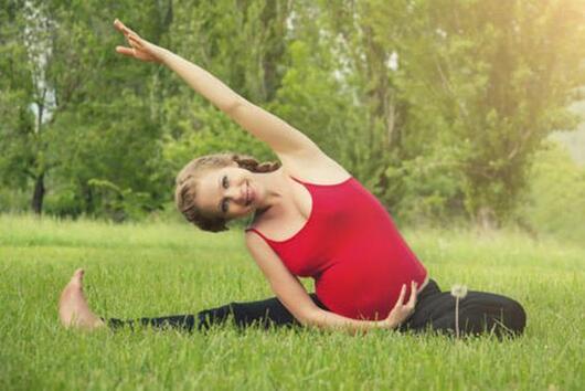 Как да се подготвим за раждането чрез йога?