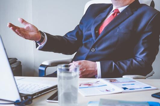 8 трика, които работодателите използват, за да плащат по-малко