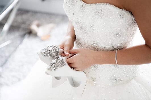 Наръчник за съхранение на сватбената рокля