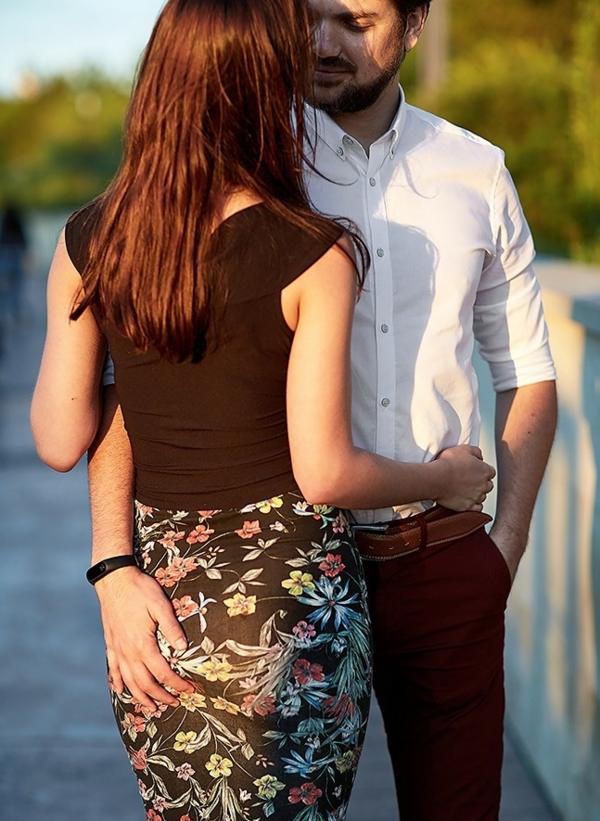Тези 9 вида прегръдки ще хвърлят светлина върху връзката ви