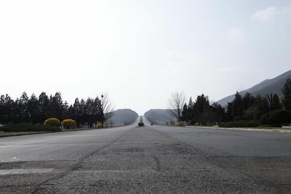 Животът в Южна Корея срещу Северна Корея (ВИДЕО)