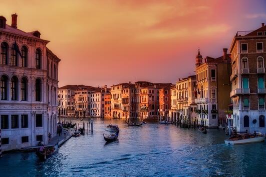 10 неща, които да видите и правите във Венеция, Италия