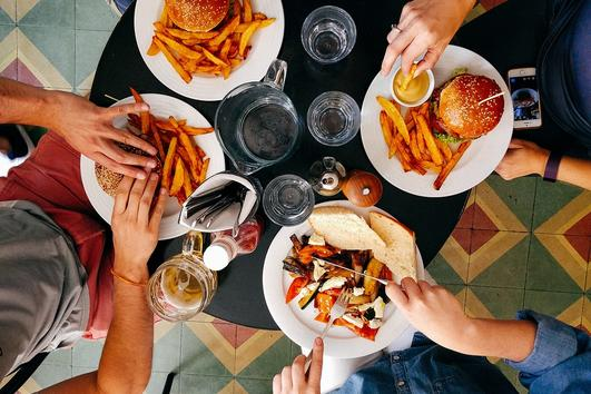 10 причини, поради които не можете да спрете да ядете