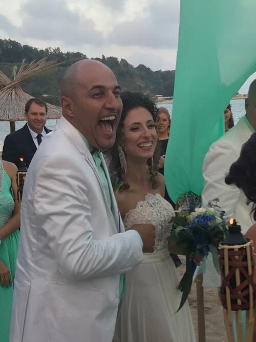 Румънеца се ожени!