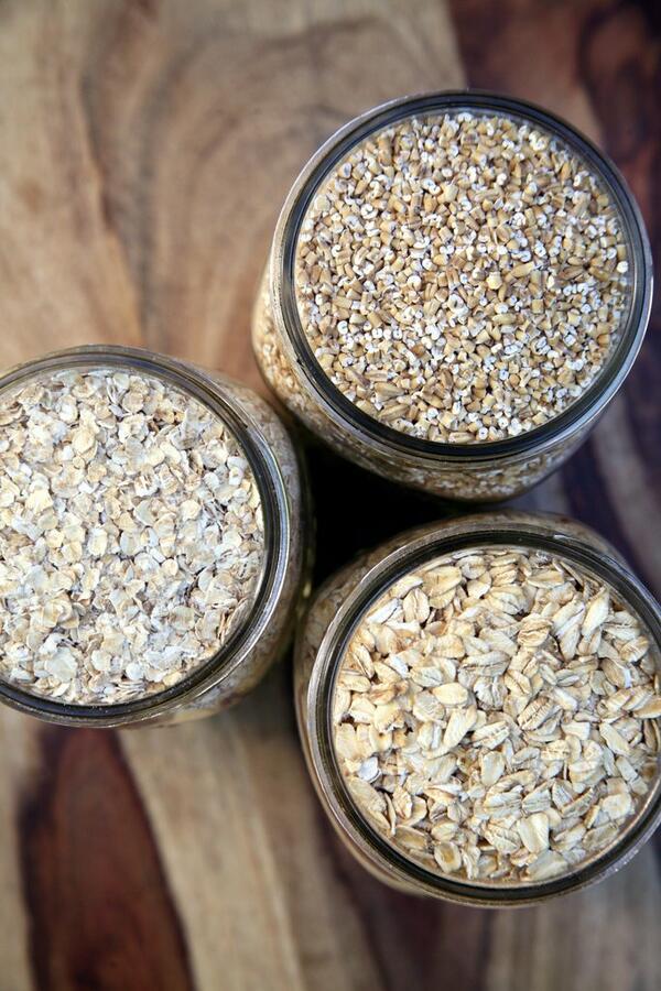 Заредете кухнята си с тези здравословни продукти за есента