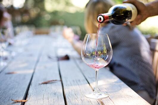 4 симптома на алергията към алкохол