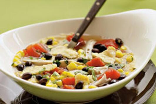 Супер лесни есенни вечери: Пилешка супа с тортила