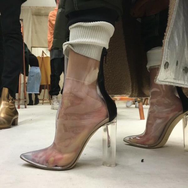 Най-абсурдните модни трендове, въведени от Ким Кардашян и Кайли Дженър