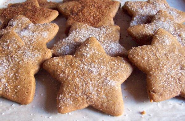 Коледни десерти: Кокосови захарни звездички