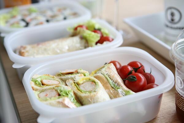 За да бъдем успешни на работа трябва да сложим тези продукти в кутията си за обяд!