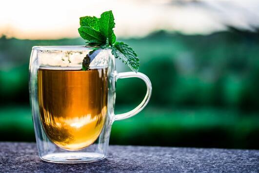 Защо е полезен чаят от мента?