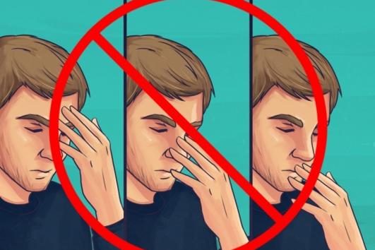 9 експертни съветa за това как да останете здрави в самолета