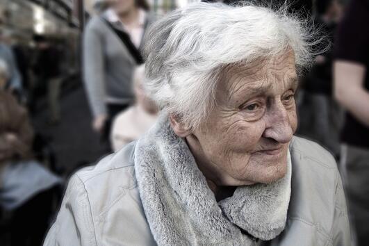 Писмото на 83-годишна дама до приятелката й е пълно с житейски уроци