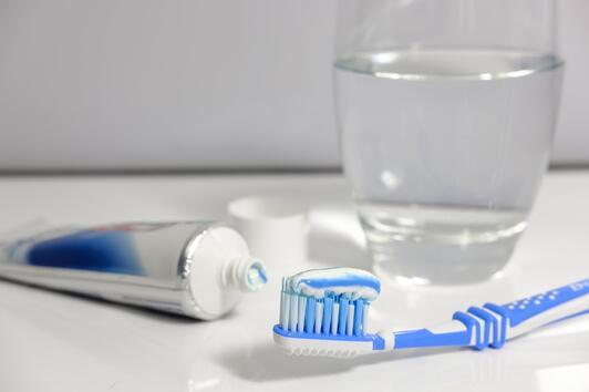 6 ефективни начина за премахване на зъбната плака