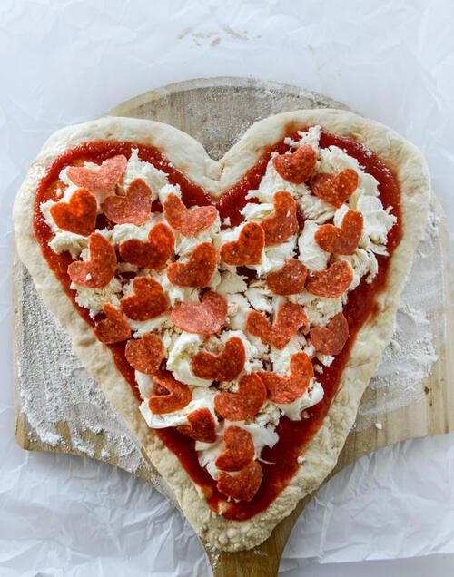 Пица във формата на сърце