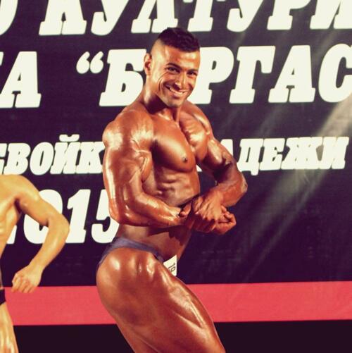 Инфлуенсър на месеца: Илиян Найденов